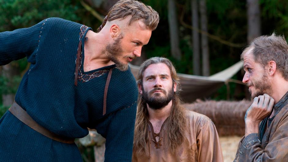 Escena de la serie de televisión Vikings con vikingos hipsters