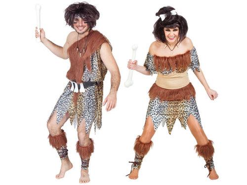 Disfraz de carnaval cavernícola prehistoria con pieles y huesos primitivo