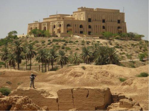 Palacio de Hussein desde los restos de Babilonia