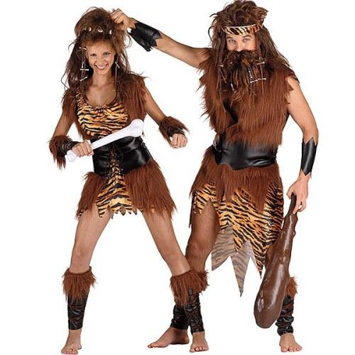 Disfraz de carnaval cavernícola prehistoria con pieles y huesos primitivo machismo