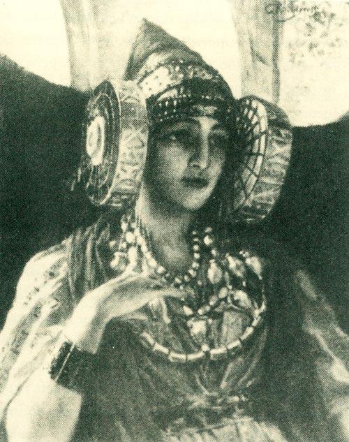 La Danseuse, pintura de Rochegrosse que representa a una mujer fenicia con tocado de Dama de Elche