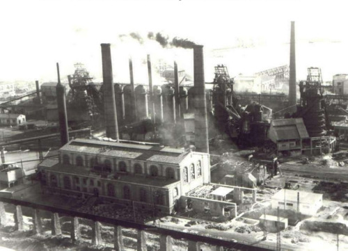 Fotografía antigua Puerto de Sagunto Valencia industria siderúrgica paisaje industrial