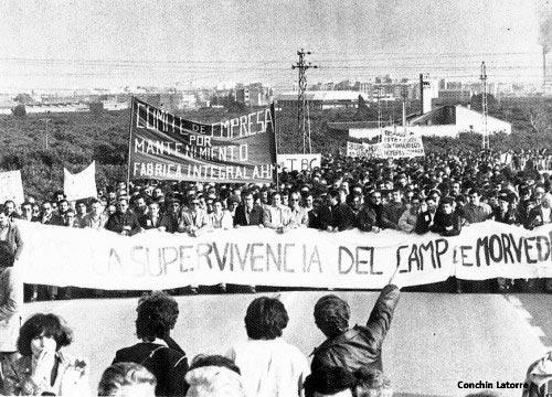 Fotografía movilizaciones contra el cierre de los altos hornos del Puerto de Sagunto Valencia años 70