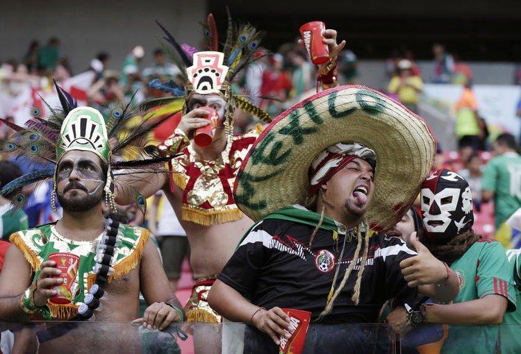 Aficionados mexicanos Mexico futbol disfraz mariachi azteca mundial
