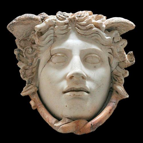 medusa perseo mitología griega atenea